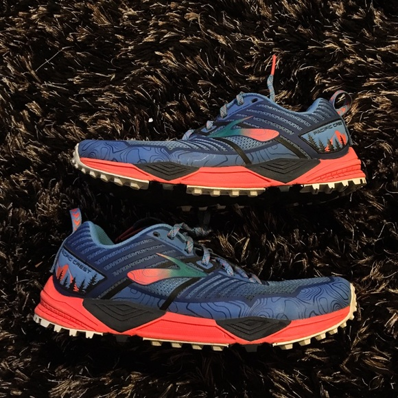 Brooks Womens Pacific Crest Trail